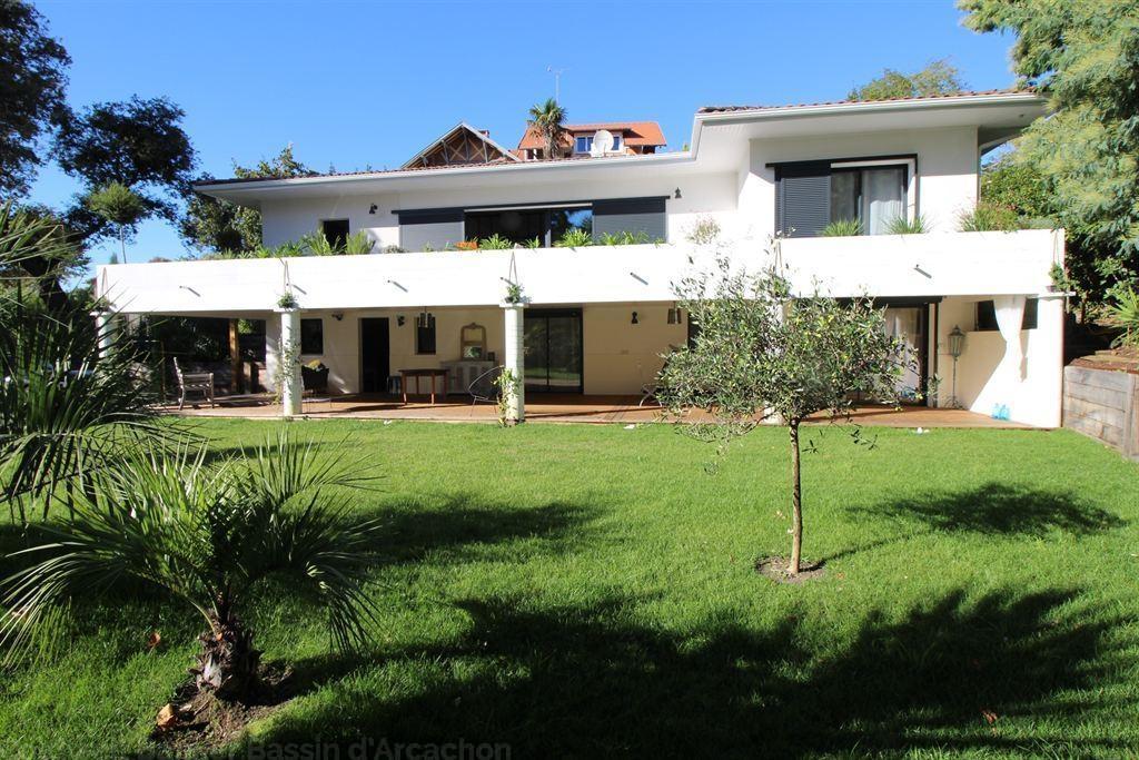 Vente maison villa arcachon proche centre et plage villa for Vente maison moderne