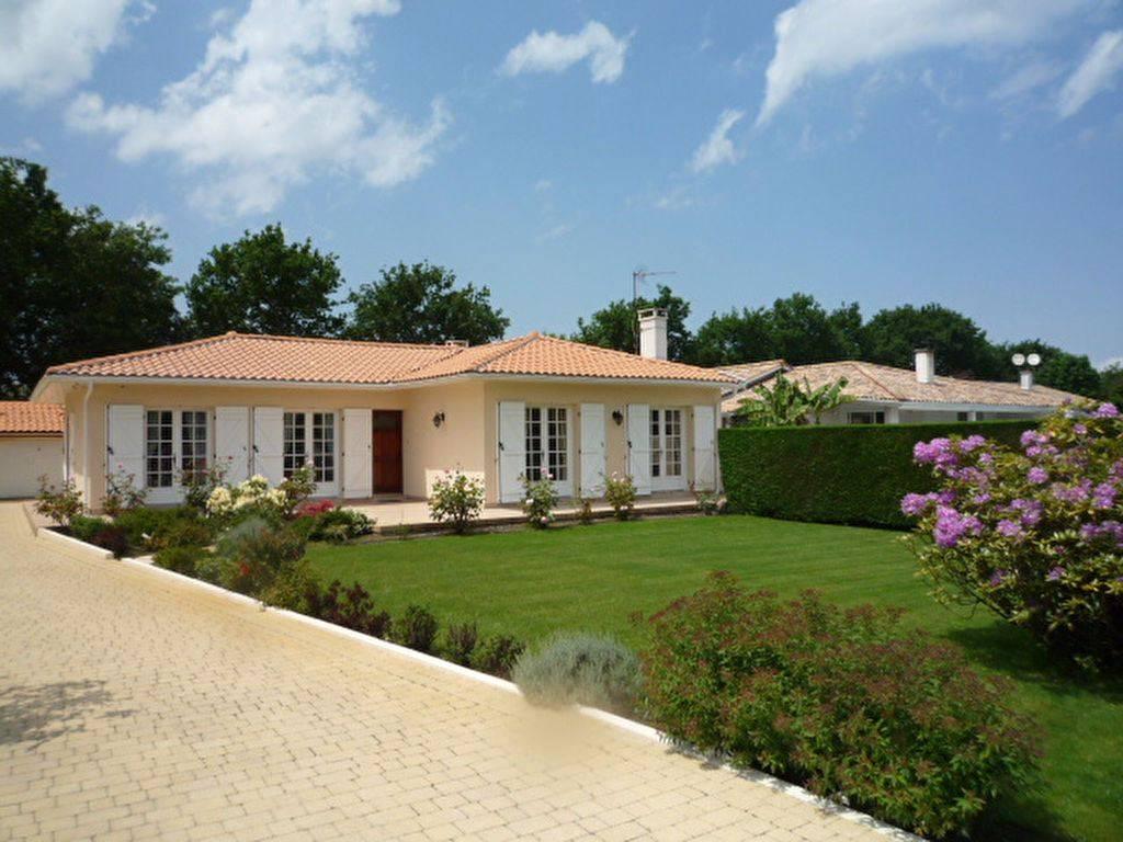 Villa contemporaine à vendre à Gujan Mestras proche Arcachon