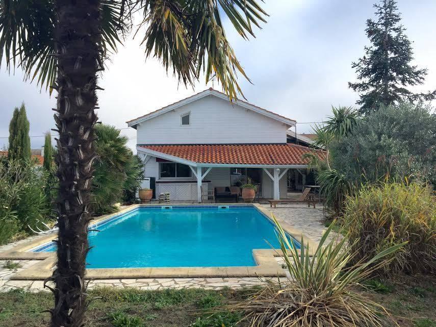 Acheter une villa récente à la Teste proche port du Rocher avec piscine 5 chambres au calme
