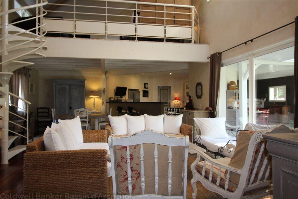 Vente maison villa nord bassin mios villa de standing de for Vente maison individuelle surface habitable