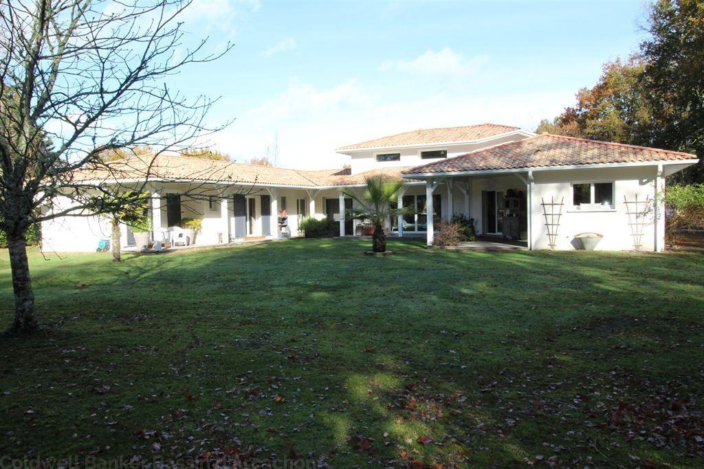 villa moderne de 180m² à vendre à MIOS