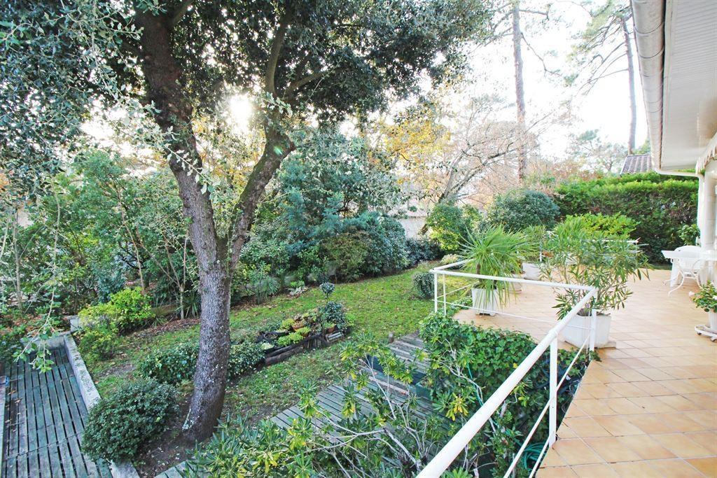 villa contemporaine 4 chambres a vendre arcachon les abatilles