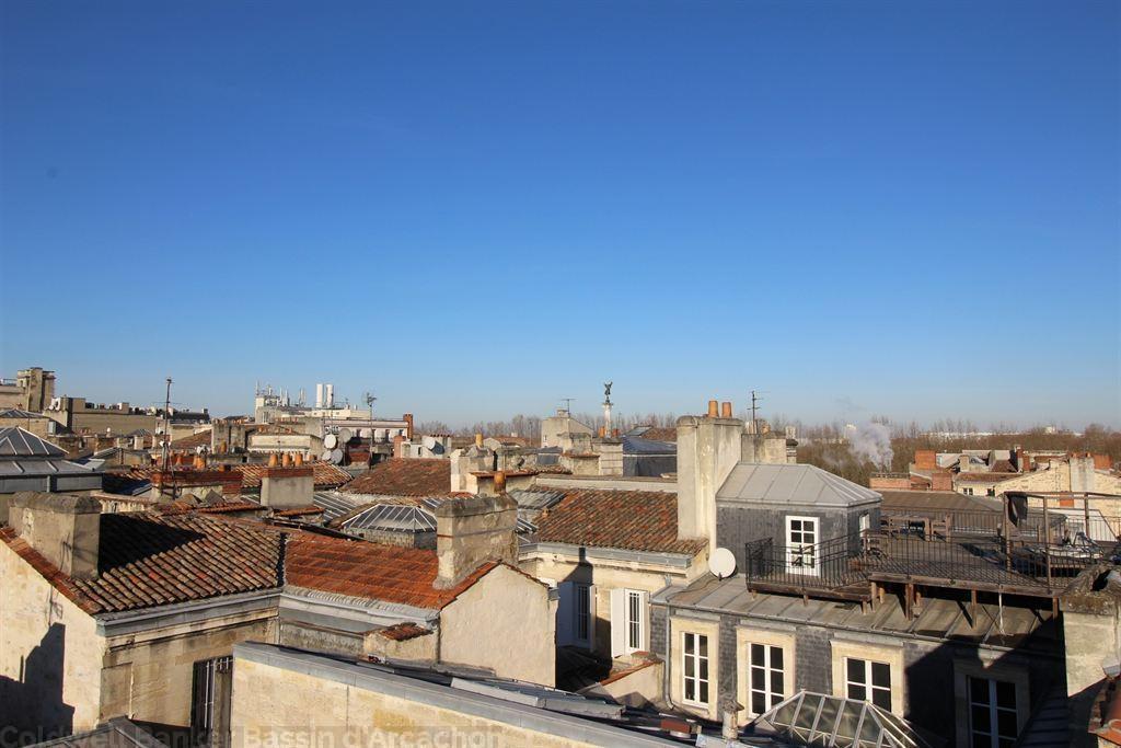 Appartement toit terrasse à vendre à bordeaux