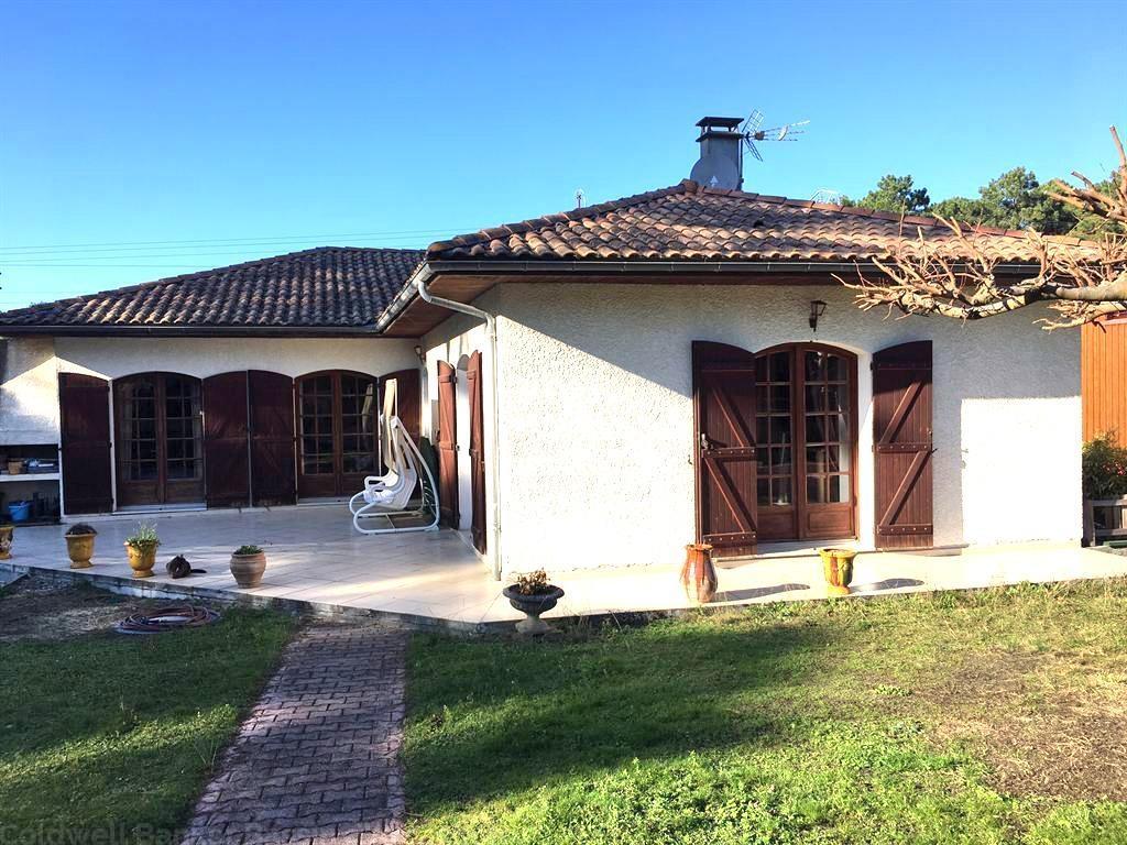 Grand villa a vendre au Cap Ferret avec 6 chambres et une piscine