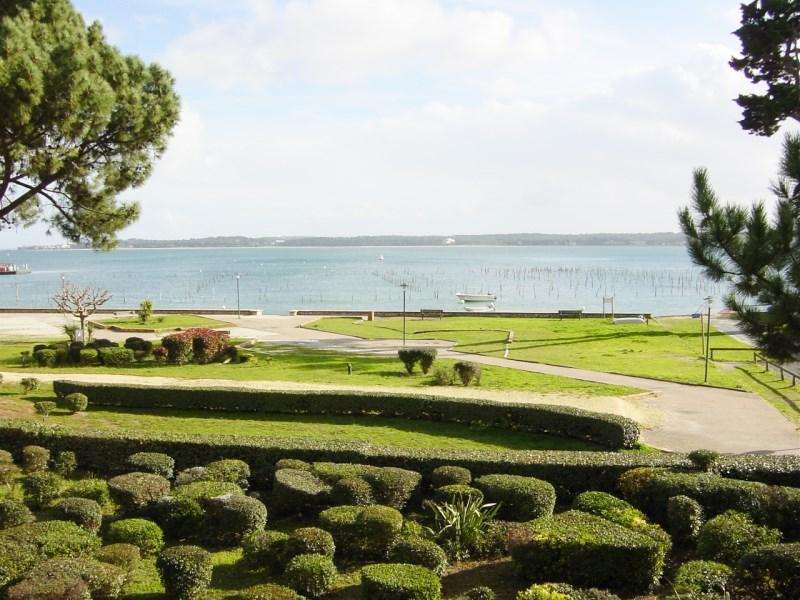 Location saisonnière centre Cap-Ferret vue bassin
