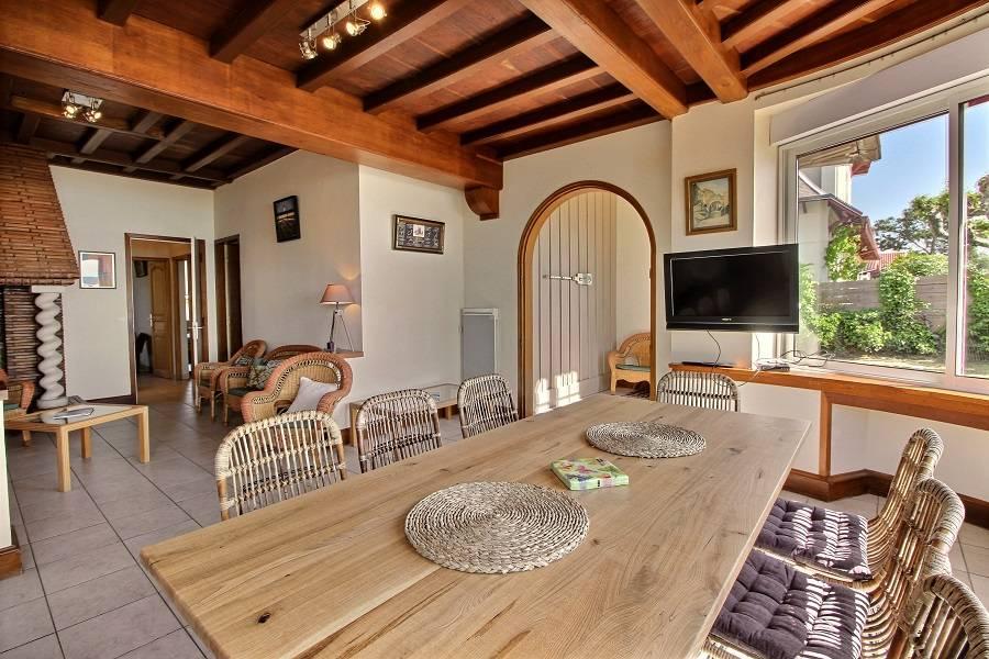Location villa 4 chambres - 8 personnes - en première ligne bassin accès direct plage CAP-FERRET PLEIN CENTRE
