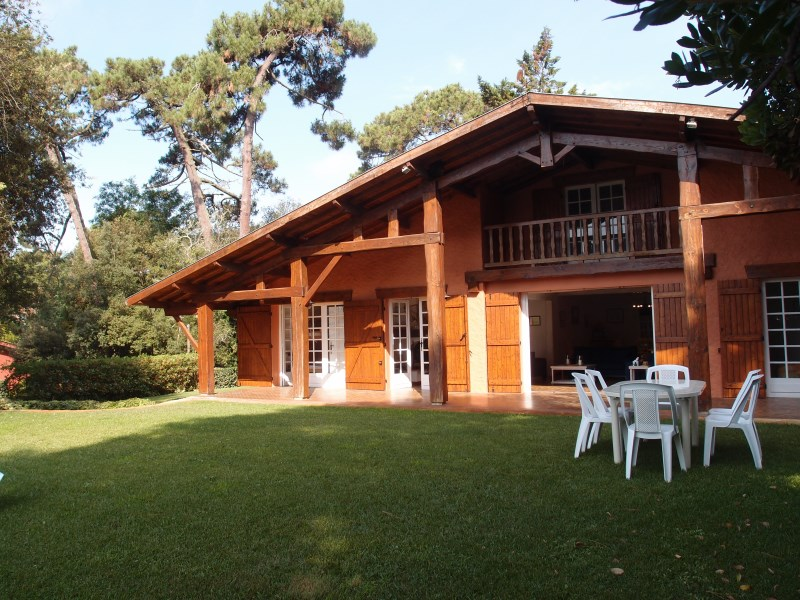 Location saisonnière villa 10 personnes proche du cap-ferret