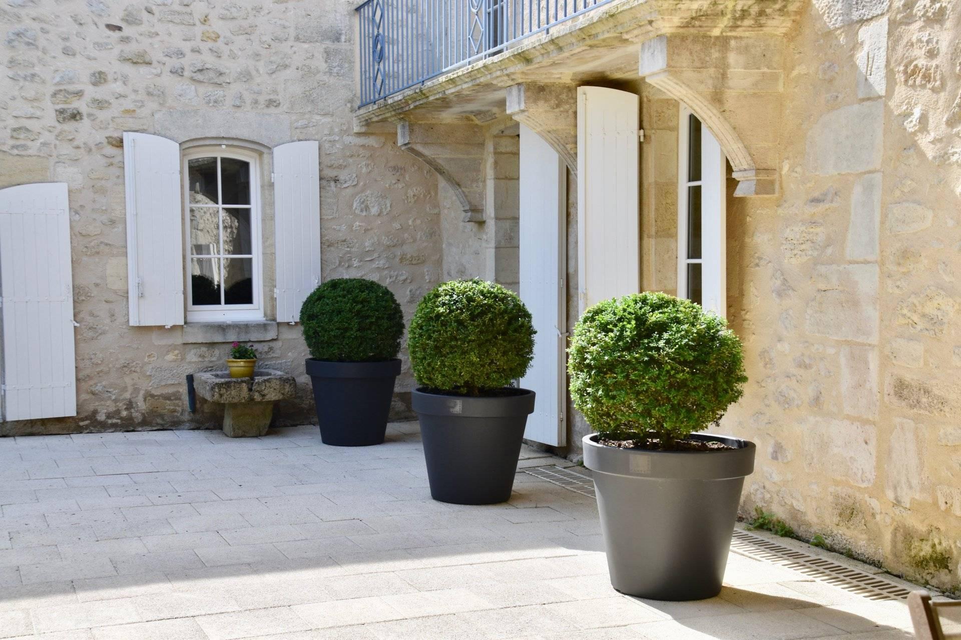 Belle maison de ville vendre proche bordeaux et saint emilion coldwell banker - Belles maisons bordeaux ...