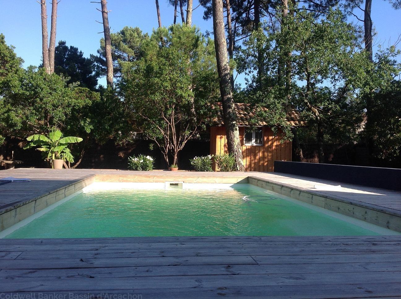 A louer villa 8 couchages avec piscine à proximité du Cap-Ferret