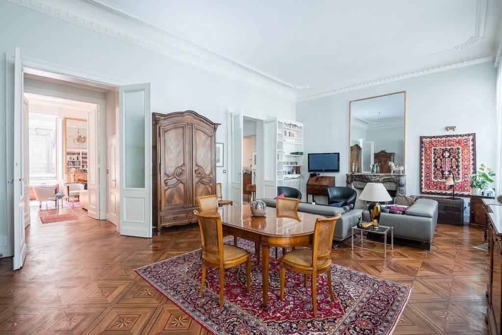 Vente appartement de prestige bordeaux hyper centre coldwell banker for Appartement de prestige