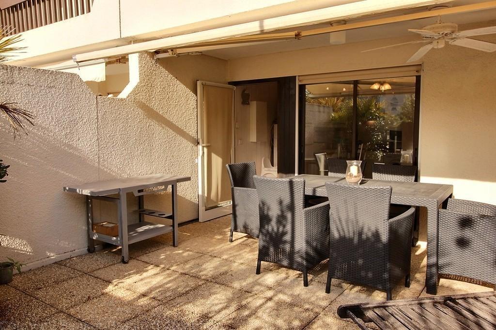 Appartement 1 chambre 4 personnes avec grande terrasse for Appartement bordeaux avec piscine