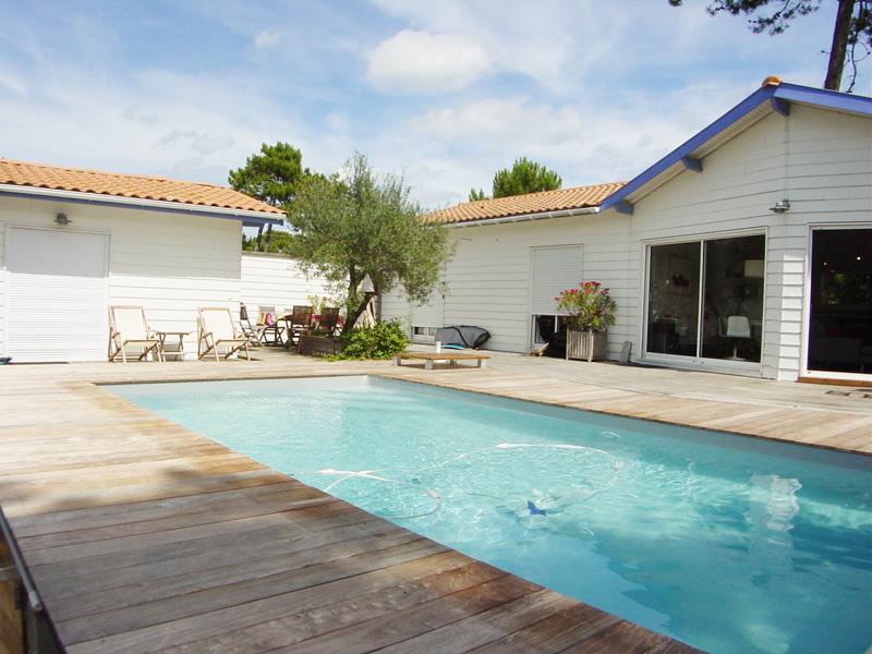 Location de vacances avec piscine pour 6 personnes à proximité du cap-ferret
