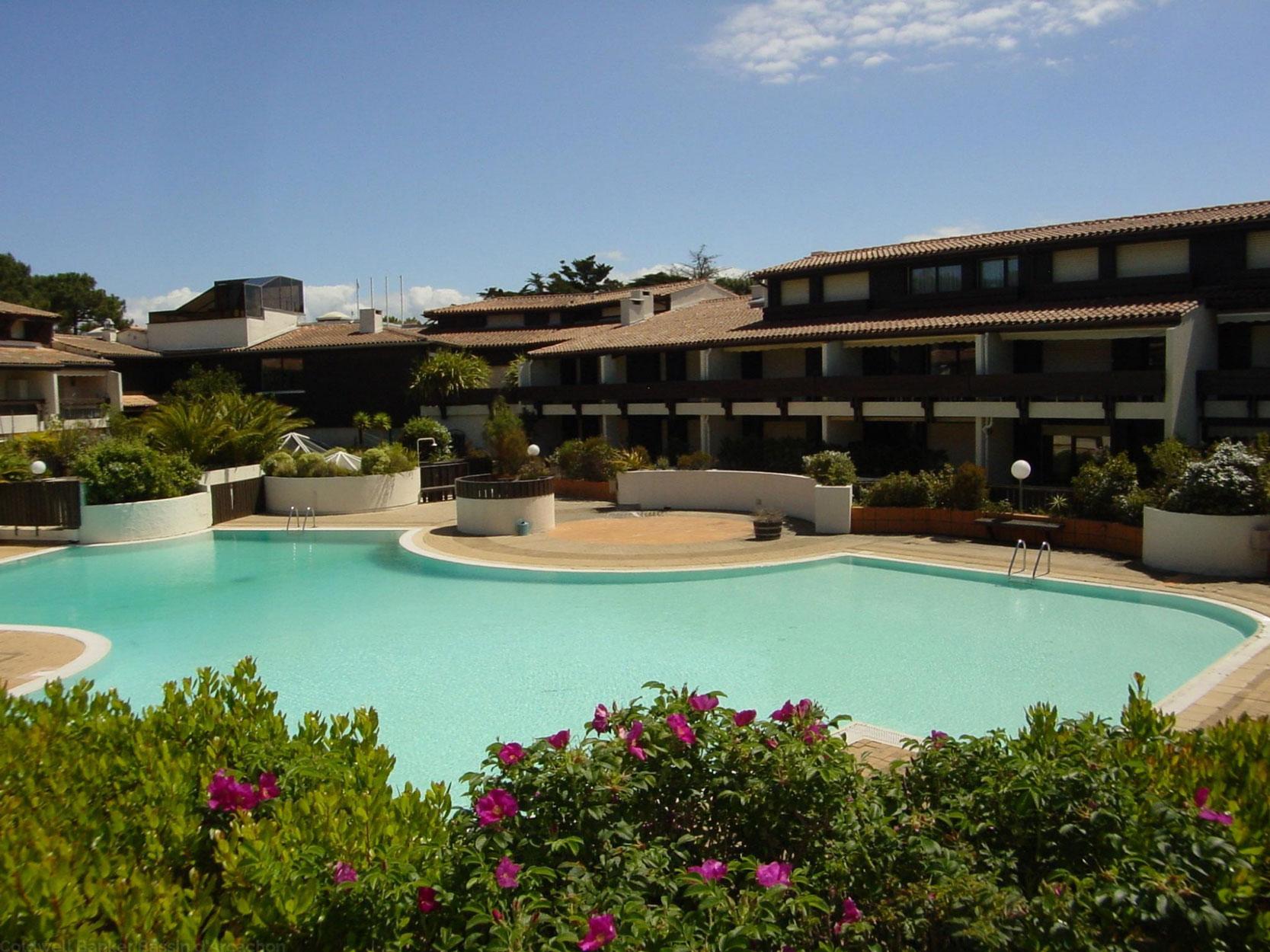 Location appartement cap ferret centre avec terrasse pour for Location appartement avec piscine
