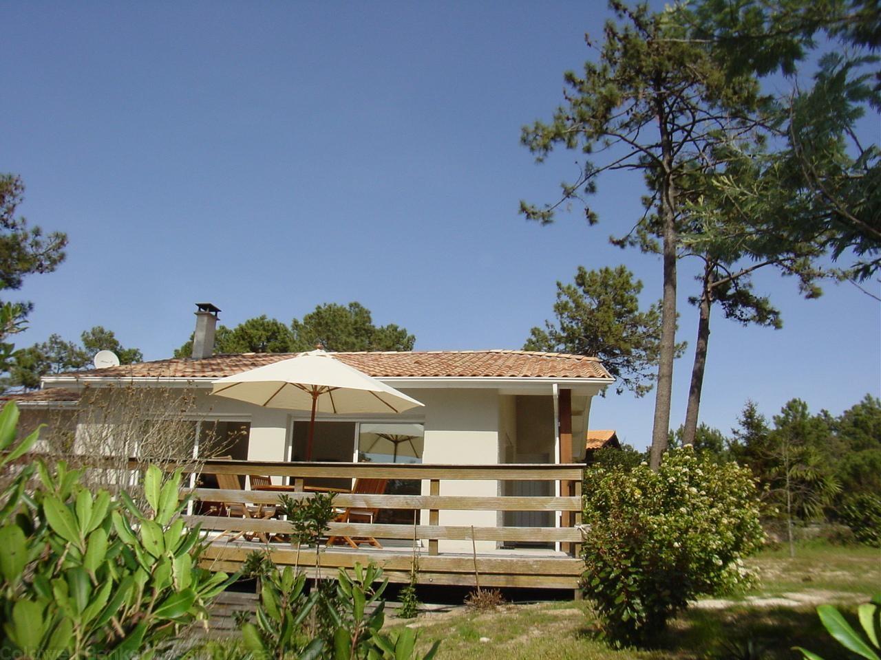 A louer villa 3 chambres 6 couchages proche cap-ferret