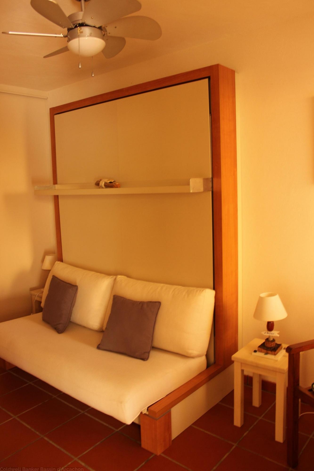 Location appartement avec terrasse dans résidence avec piscine CAP FERRET CENTRE