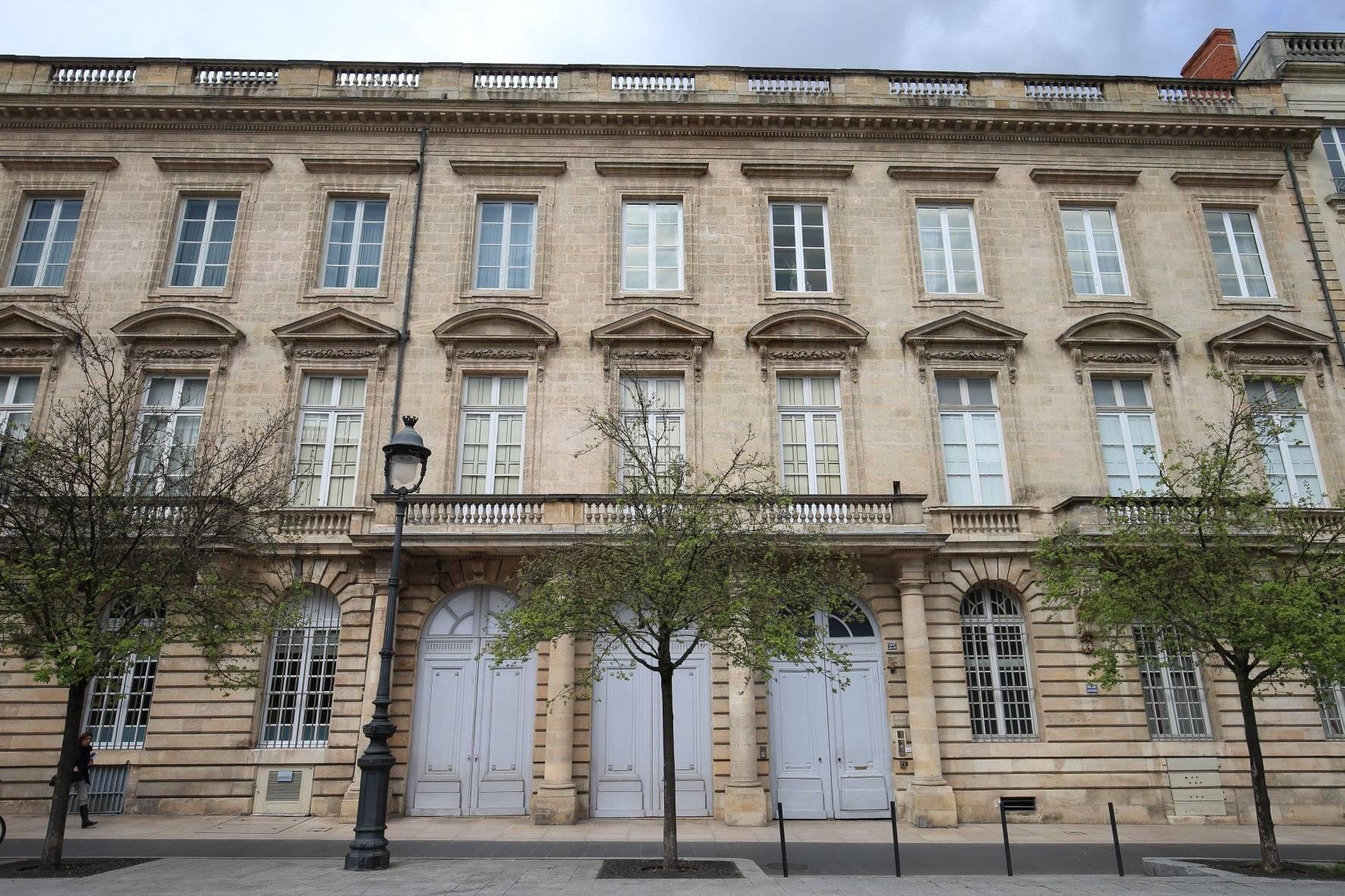 Appartement de prestige a vendre BORDEAUX Triangle d'or proche du grand théâtre