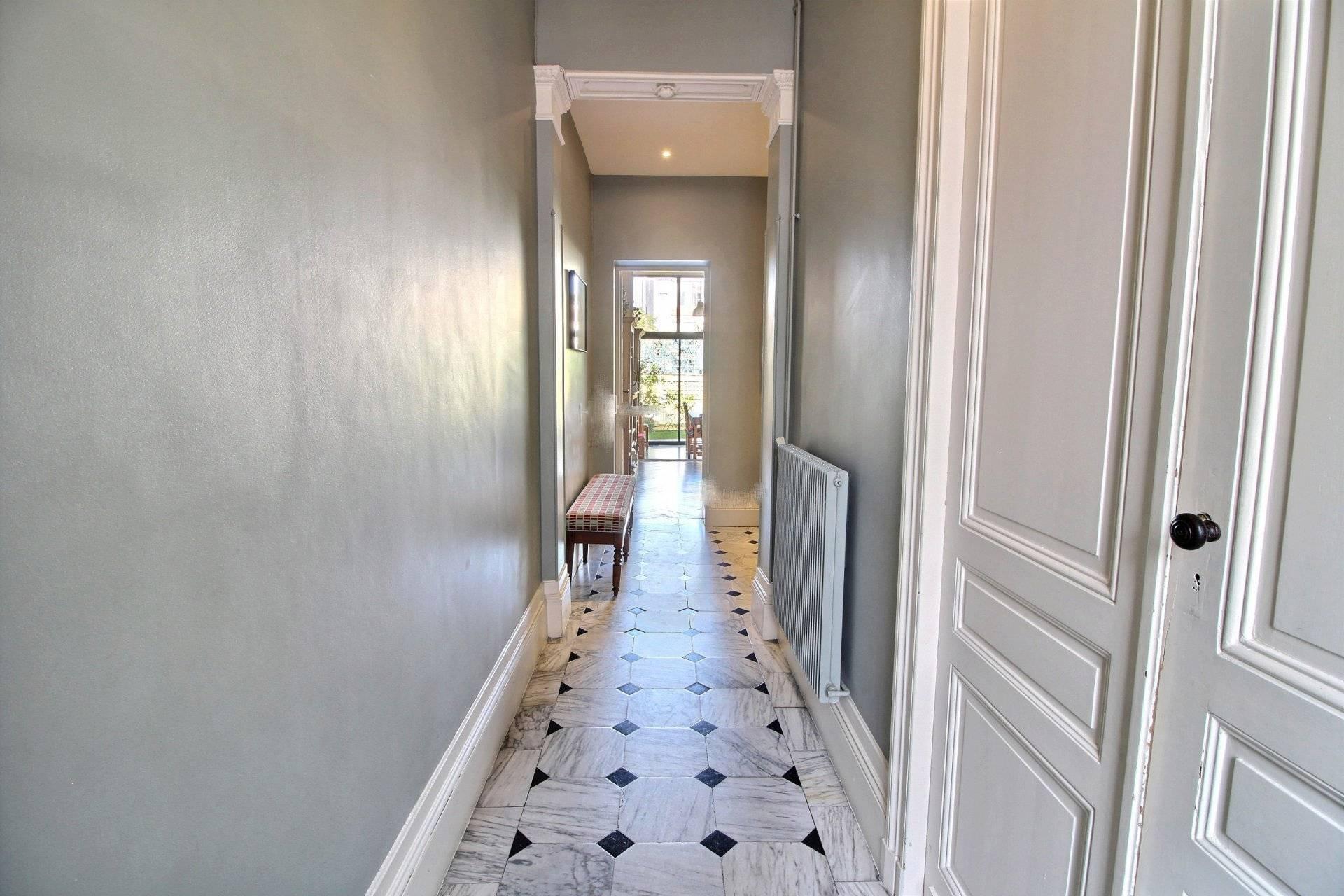 Belle maison avec jardin vendre bordeaux saint genes coldwell banker - Belles maisons bordeaux ...