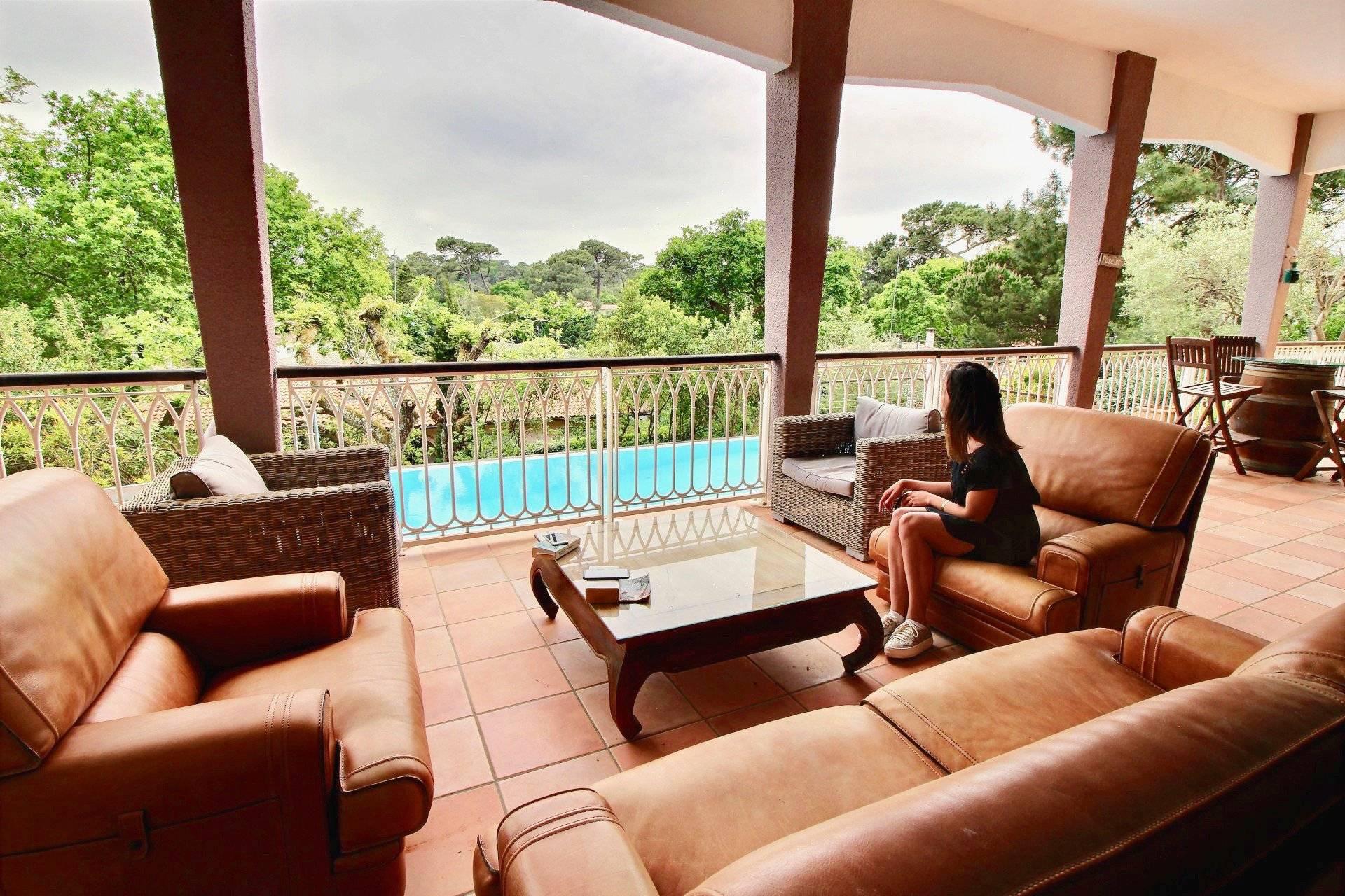 Villa de luxe avec vue panoramique à vendre quartier Pereire ARCACHON