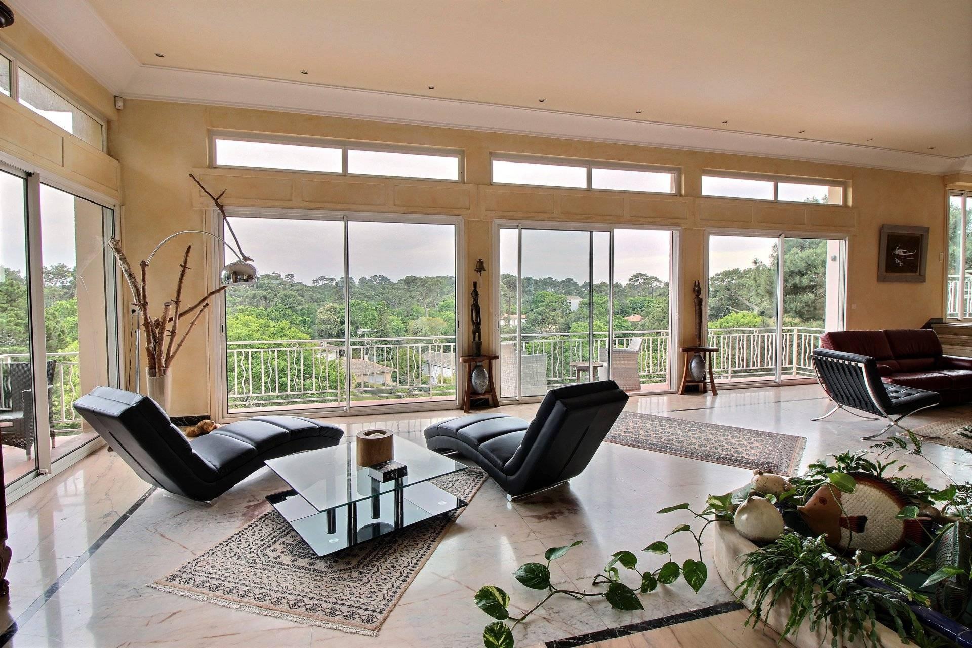 Vente villa de luxe avec vue panoramique quartier Pereire ARCACHON