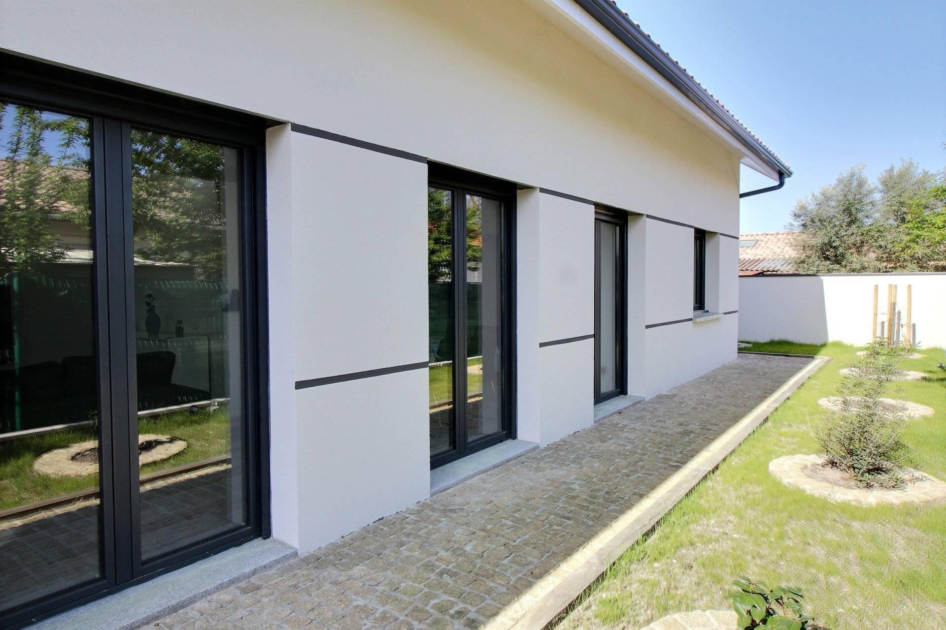 Maison contemporaine 3 chambres a vendre BASSIN D'ARCACHON