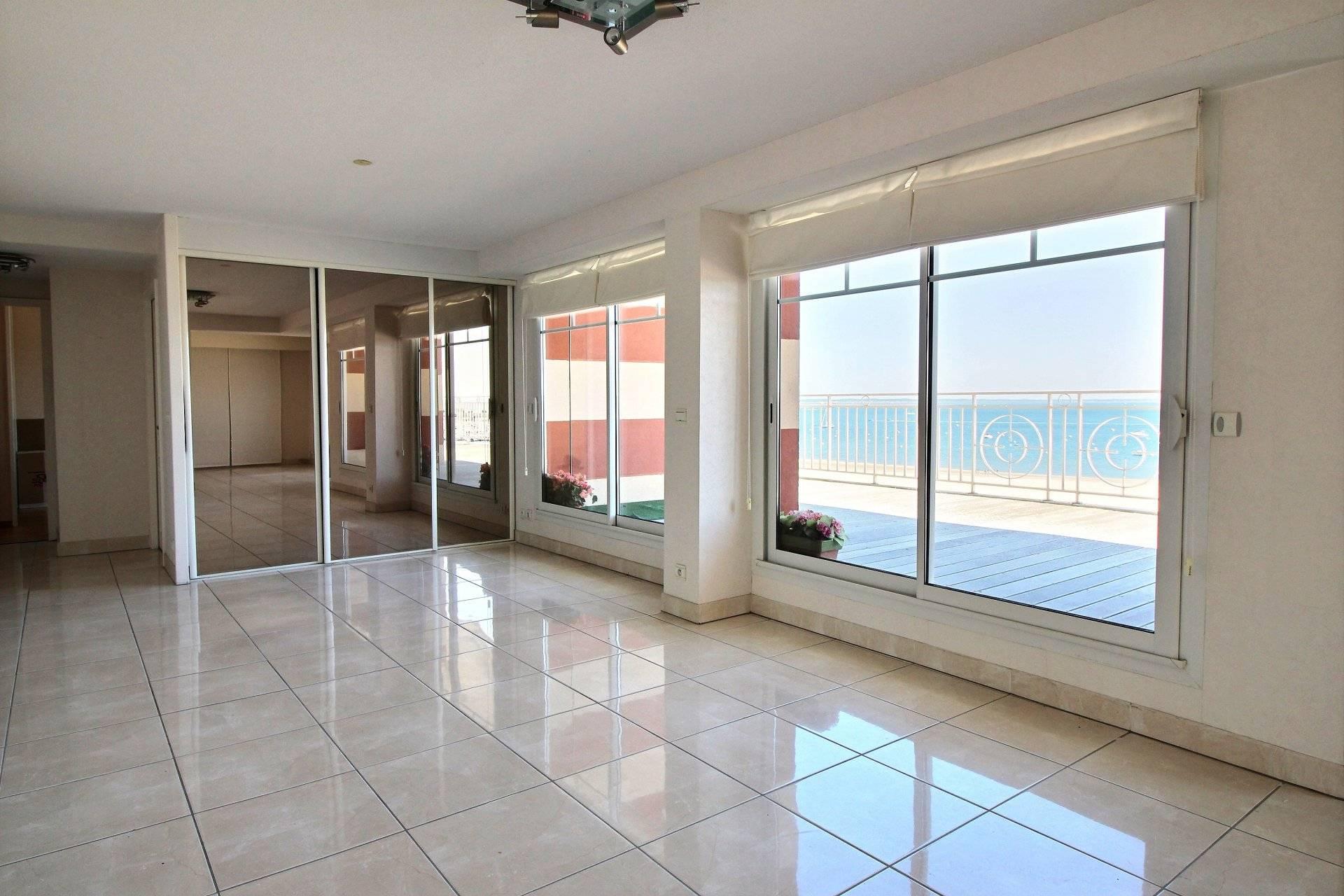 Appartement a vendre front de mer ARCACHON