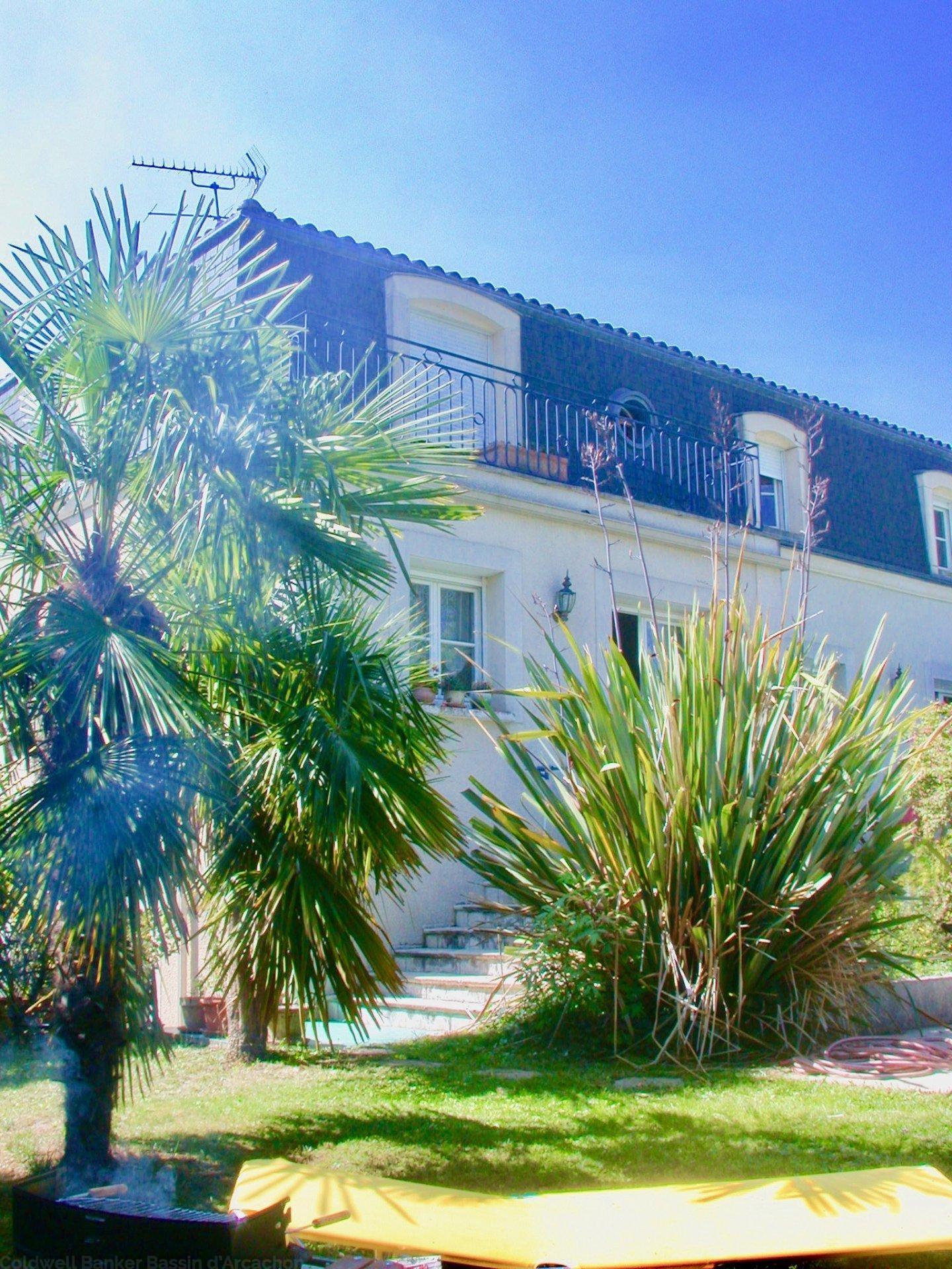 Recherche maison bourgeoise avec jardin et piscine bordeaux saint augustin