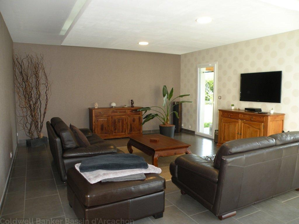 achat villa moderne 4 chambres avec piscine chauffée proche Bordeaux