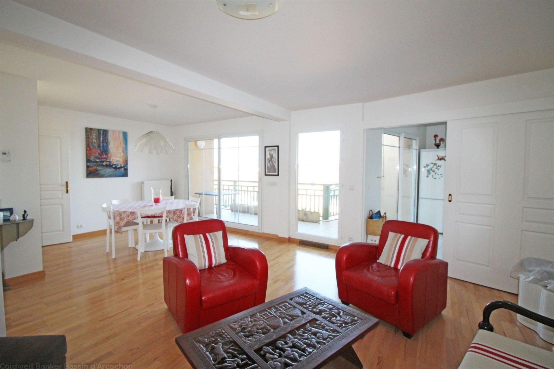 Achat appartement avec terrasse avec vue bassin proche centre arcachon