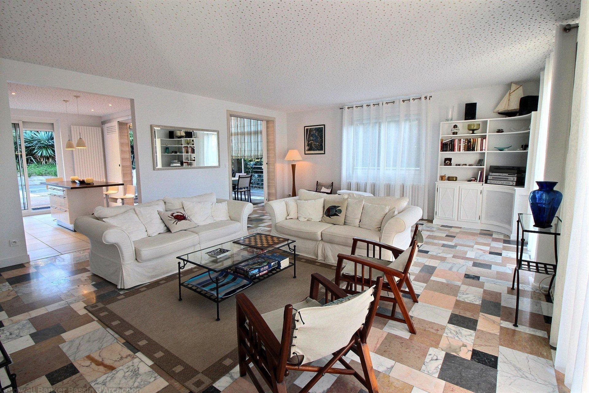 Achat villa 5 chambres proche plage et commerces arcachon pereire