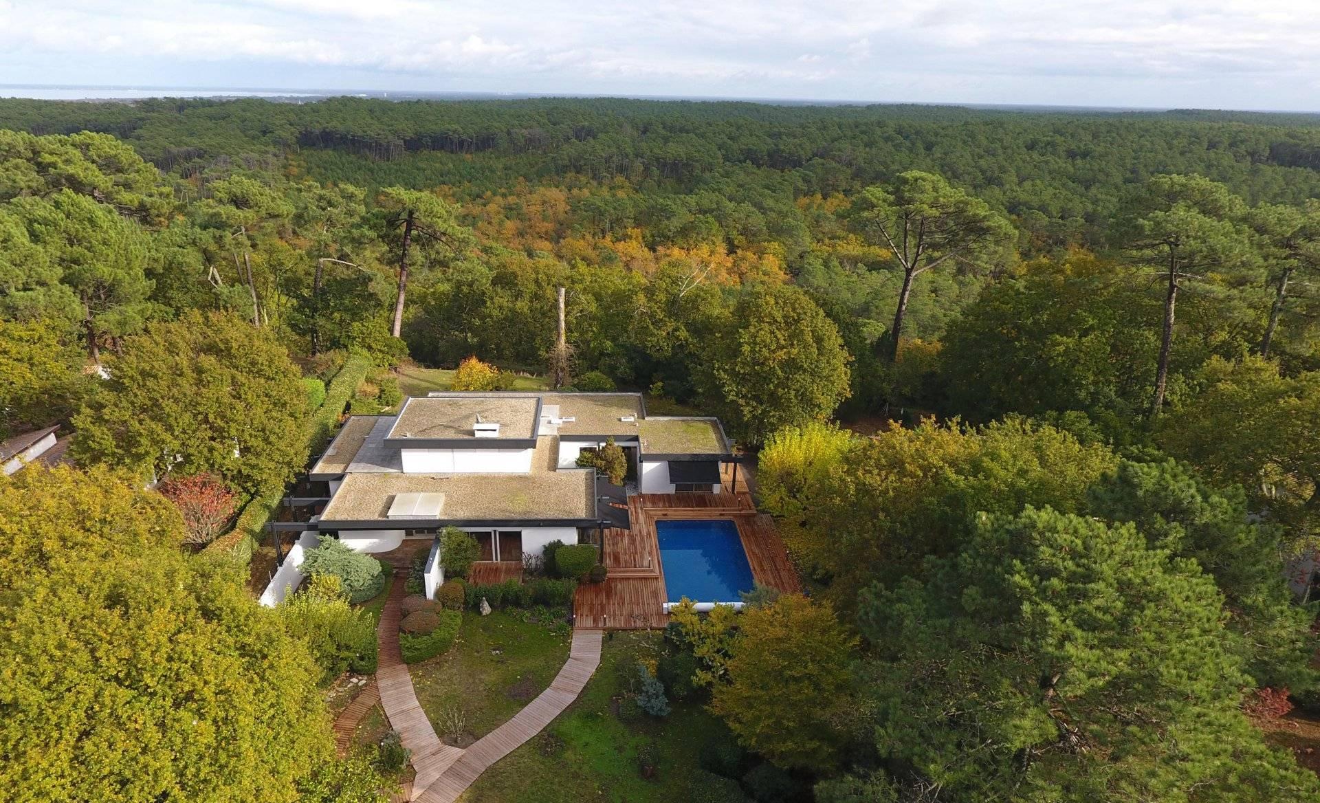 Villa moderne avec vue Bassin à vendre PYLA SUR MER