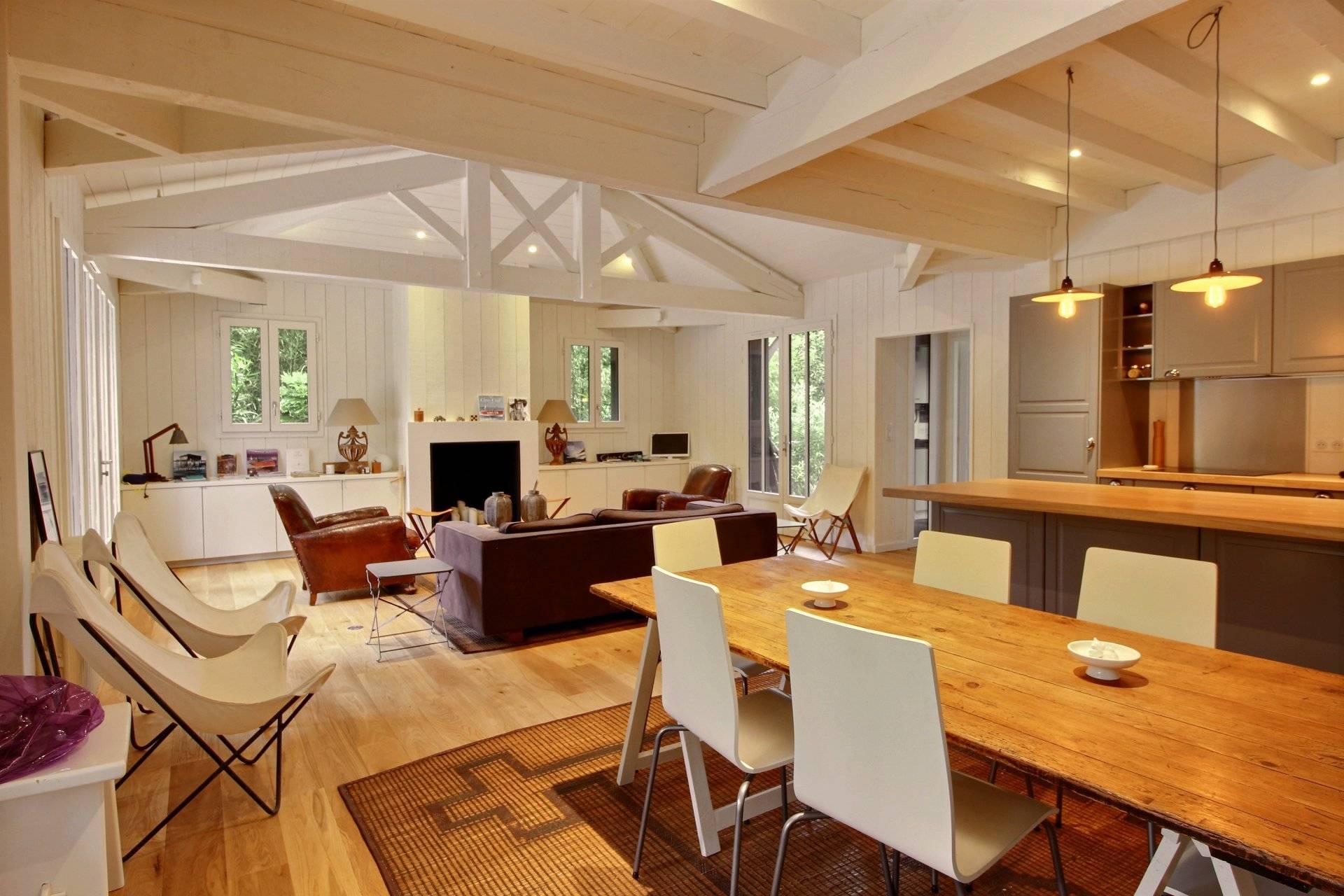Achat villa d'architecte neuve en bois avec piscine CAP FERRET VILLAGE