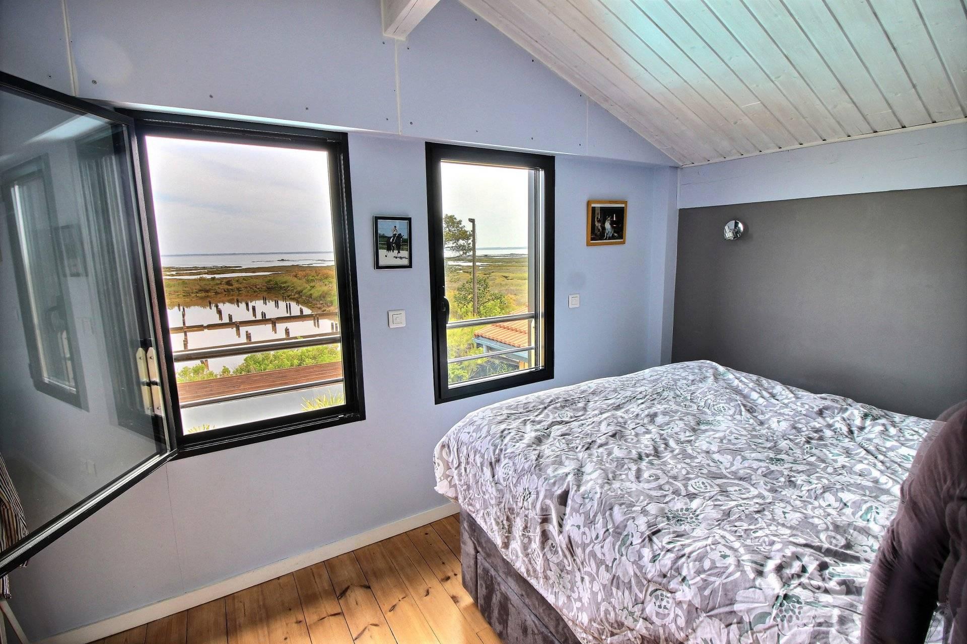 45472a50776bf7 Maison en bois à vendre en première ligne vue BASSIN D ARCACHON ...