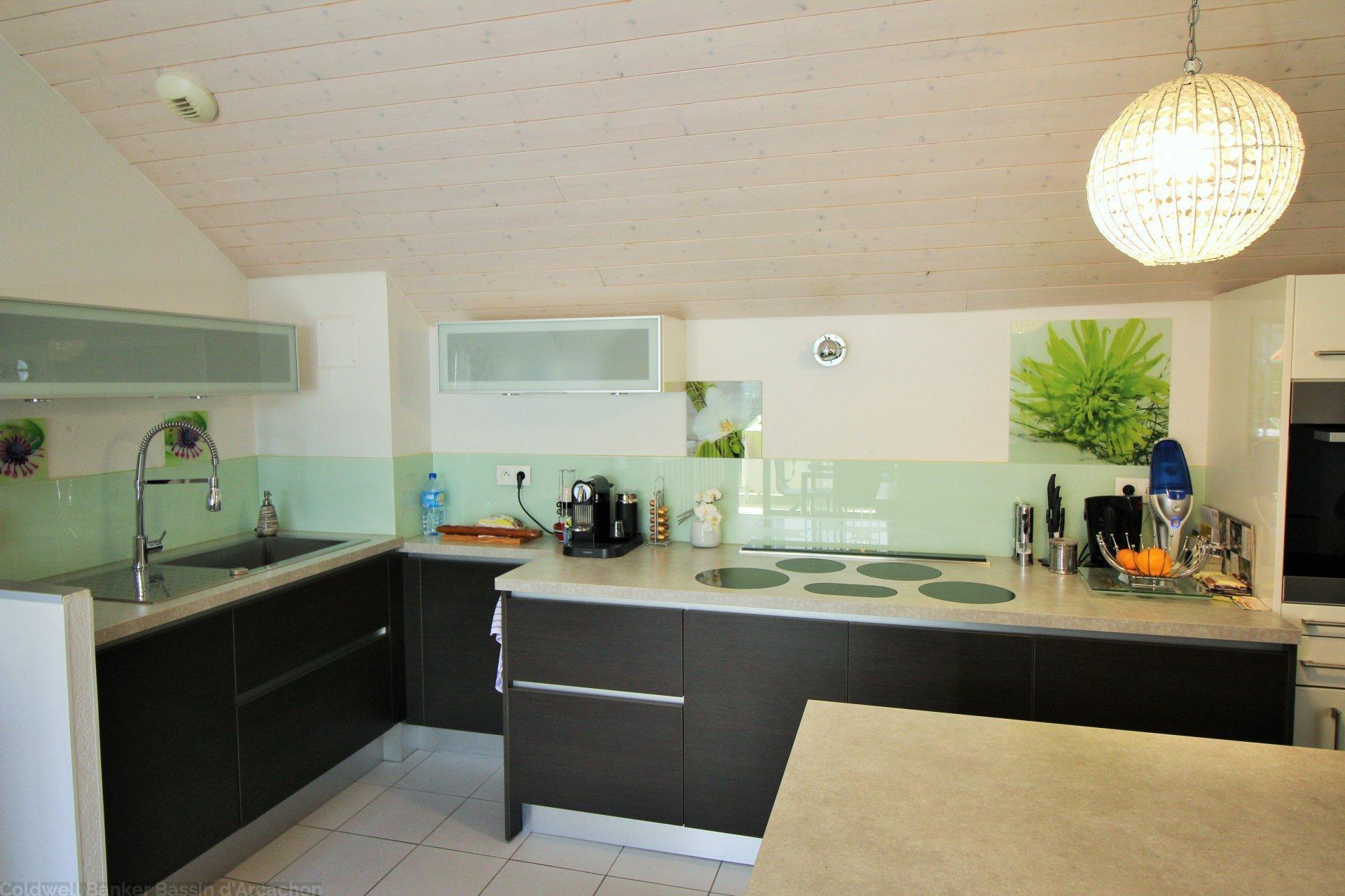 acheter un appartement de standing à Arcachon centre proche plage et commerces 4 chambres