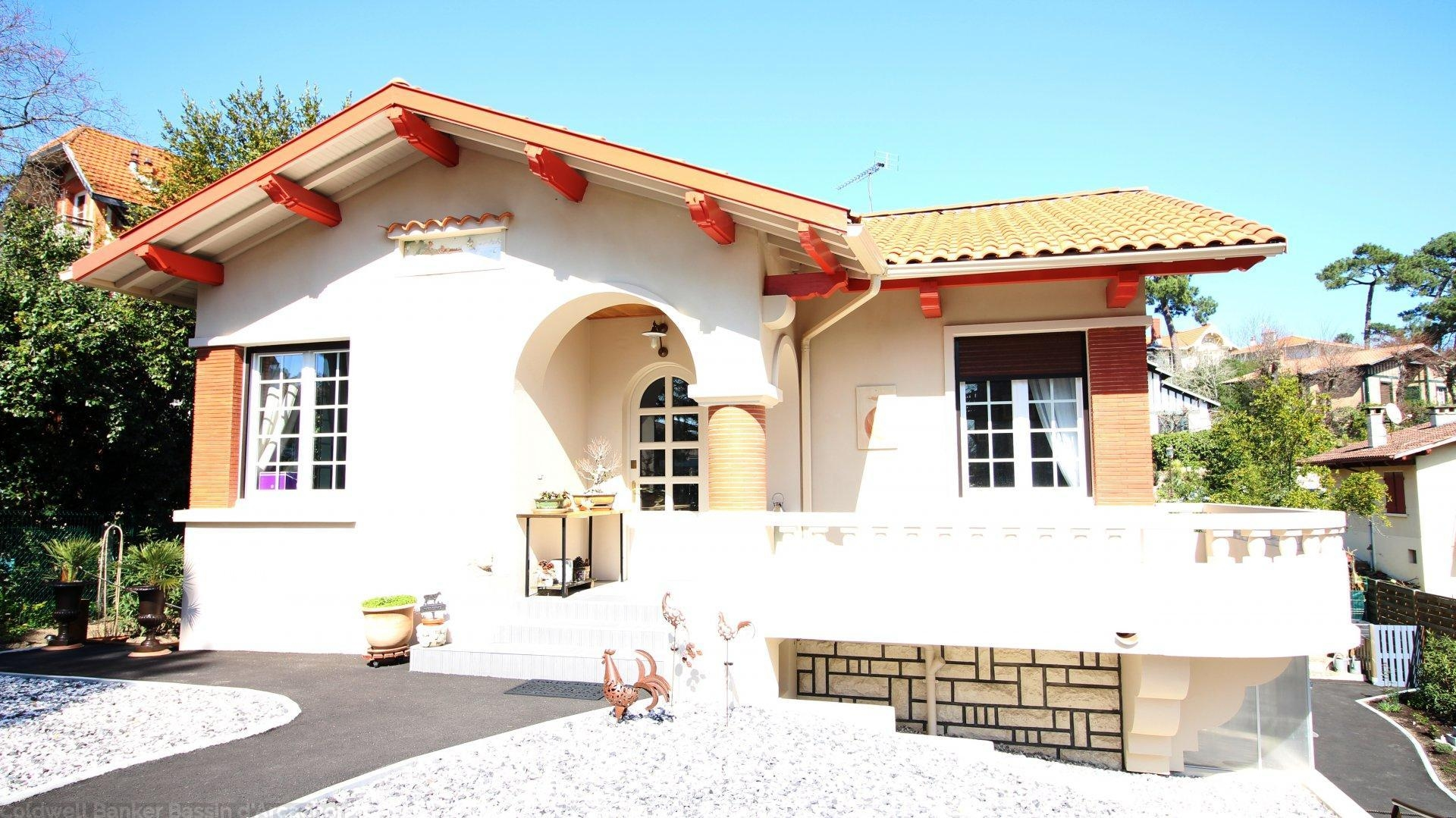 Villa rénovée à vendre à Arcachon - Pereire