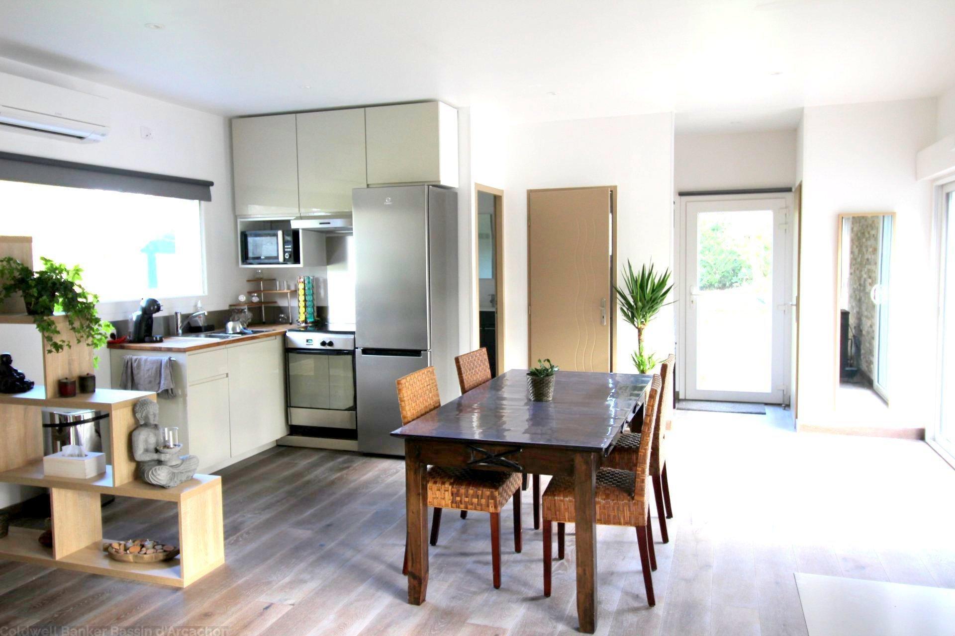 achat contemporaine 5 chambres avec grand jardin et piscine Bordeaux