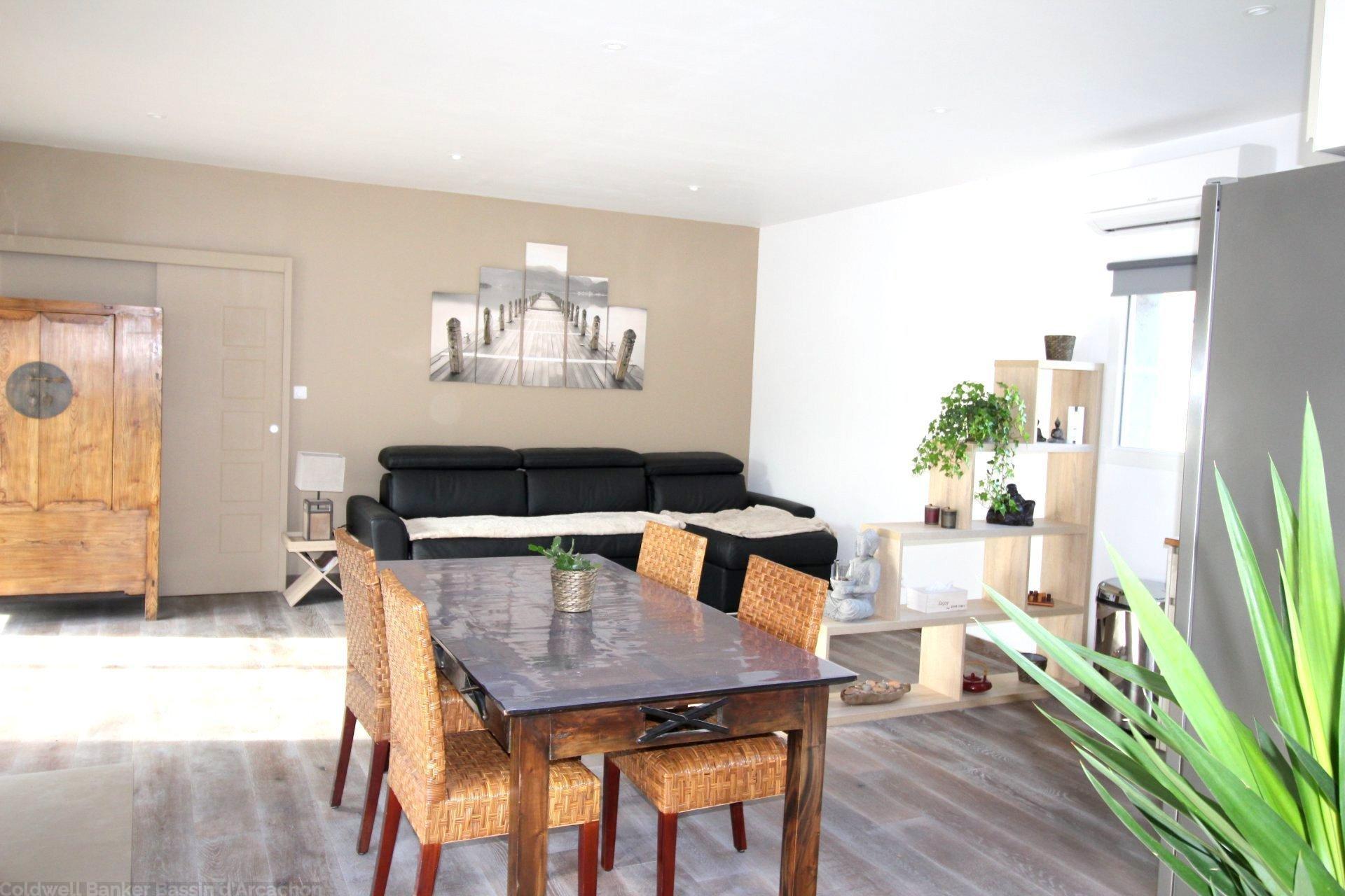 Vente maison villa bordeaux pessac grande propri t sur for Vente appartement sur bordeaux
