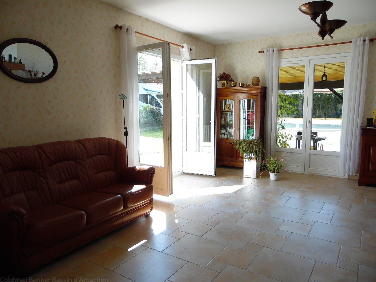 vente maison villa bordeaux pessac maison de pain pied au centre de pessac au calme 5. Black Bedroom Furniture Sets. Home Design Ideas