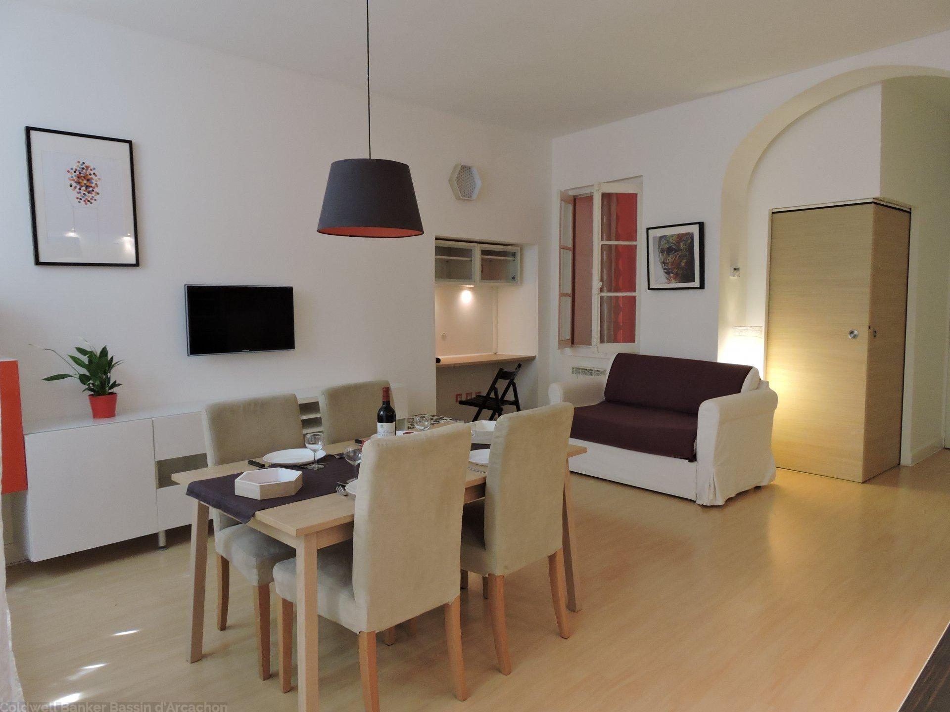Vente appartement bordeaux saint michel coldwell banker for Acheter un appartement 0 bordeaux