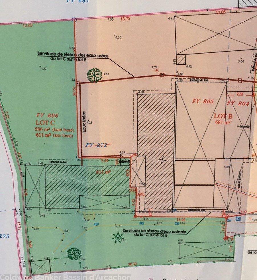 Terrain à vendre 1300 m2 en centre ville de la teste de buch proche tous commerces