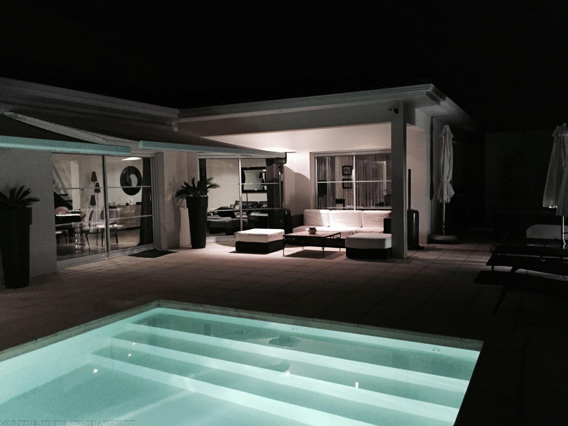 Acheter maison moderne avec belles prestations proche bordeaux merignac