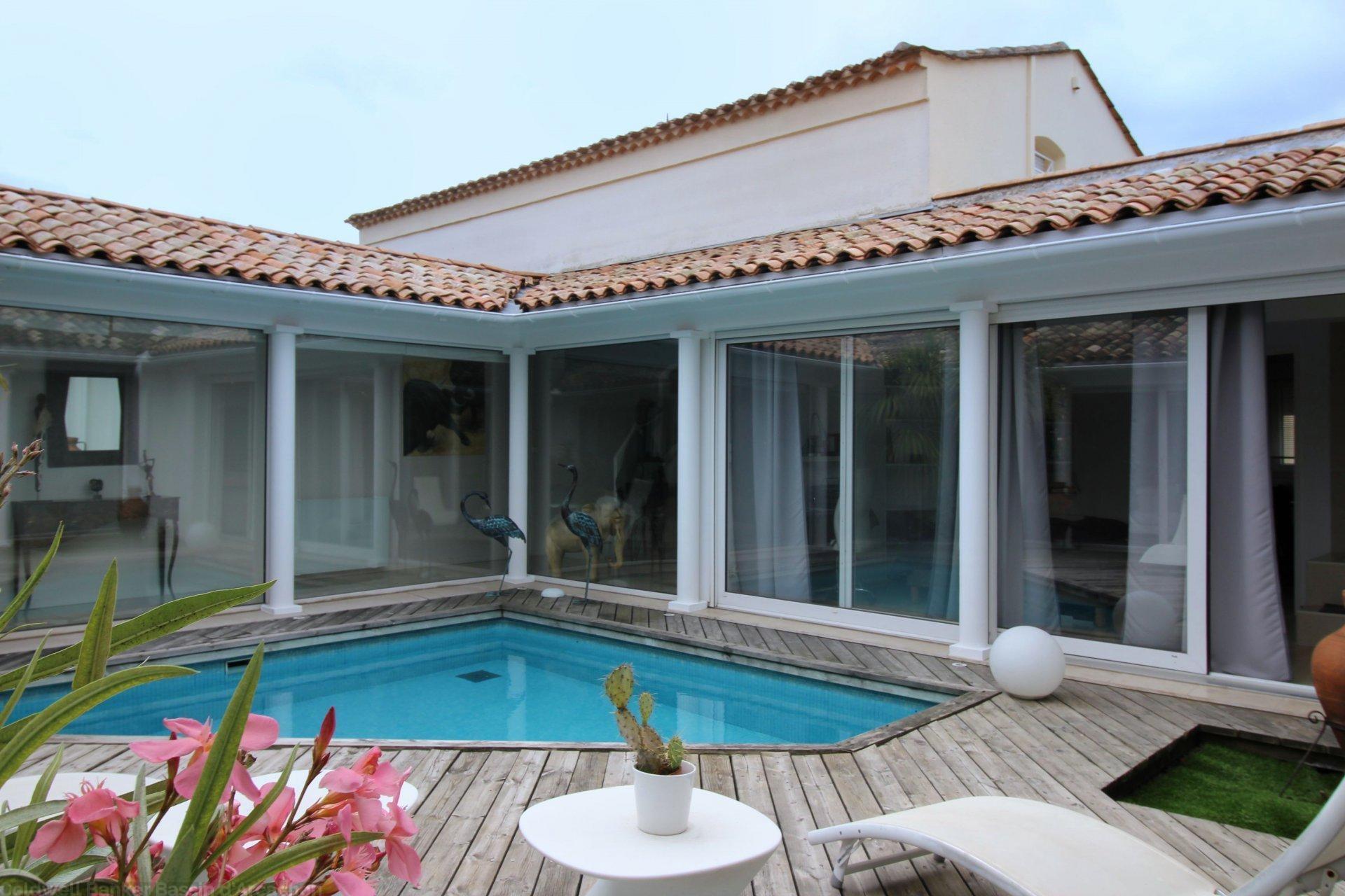 vente maison villa bordeaux caud ran 4 chambres coldwell banker. Black Bedroom Furniture Sets. Home Design Ideas