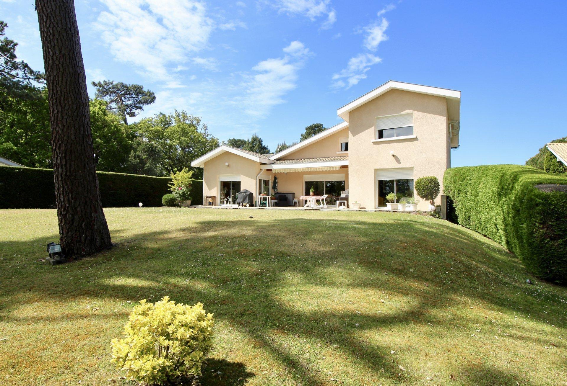 Vente maison villa pyla proche plage villa contemporaine for Vente maison moderne