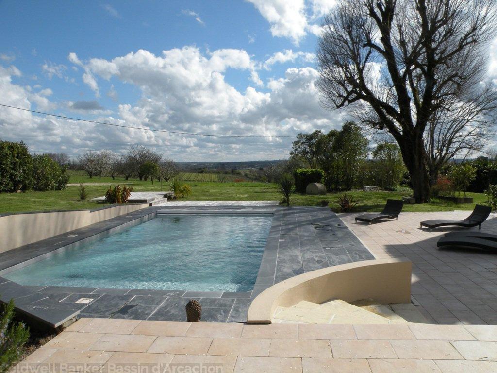 maison de maître girondine avec piscine à vendre à 45 minutes de bordeaux