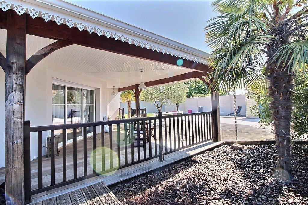 Villa moderne à vendre au calme proche des commerces à Gujan-Mestras