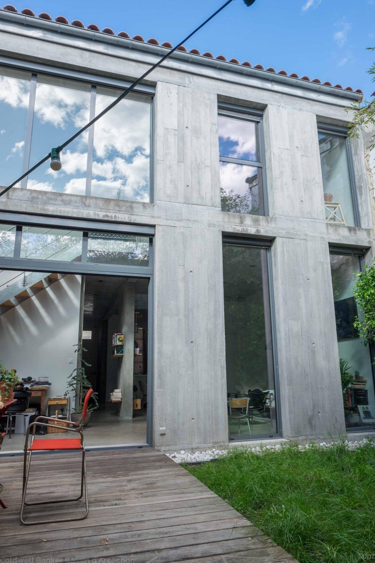 Vente maison villa bordeaux centre ville loft r nov for Appartement location bordeaux centre ville