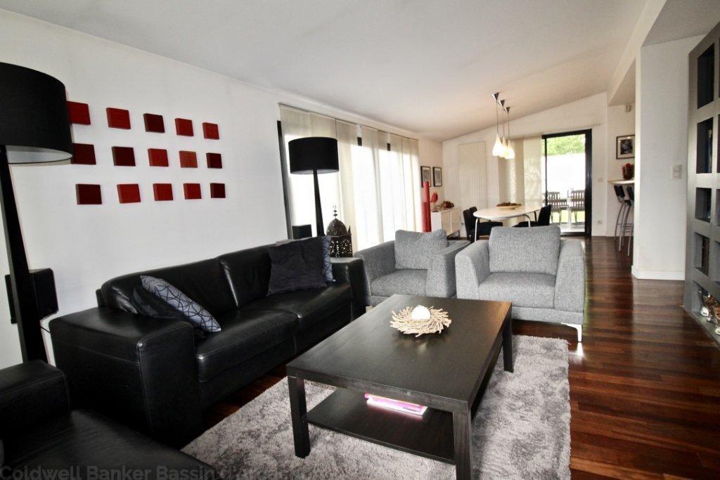 Maison familiale à vendre dans le centre ville de mérignac à 15 minutes de bordeaux
