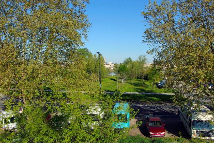 Appartement neuf plus 70 m2 avec vue garonne vendre for Appartement bordeaux 70m2
