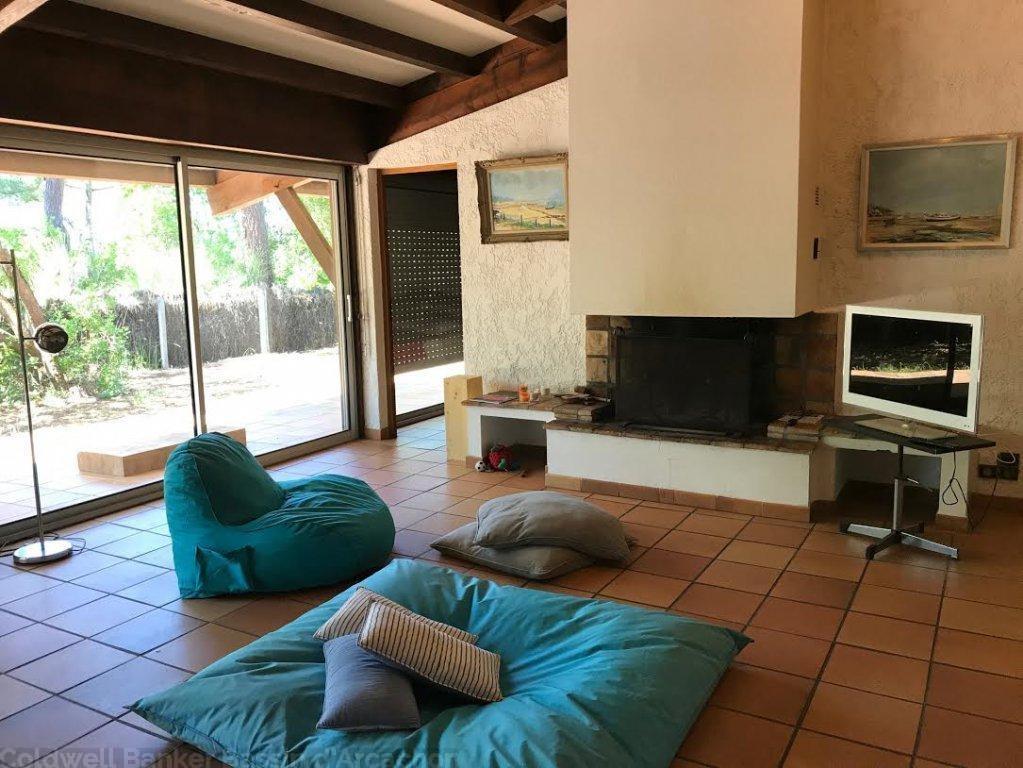 Vente maison villa lege cap ferret village de piraillan for Agrandissement maison girolle