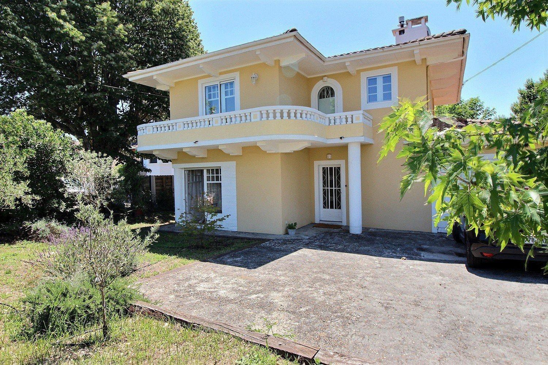 Maison familiale rénovée 4 chambres à vendre Arcachon proche plage et commerces
