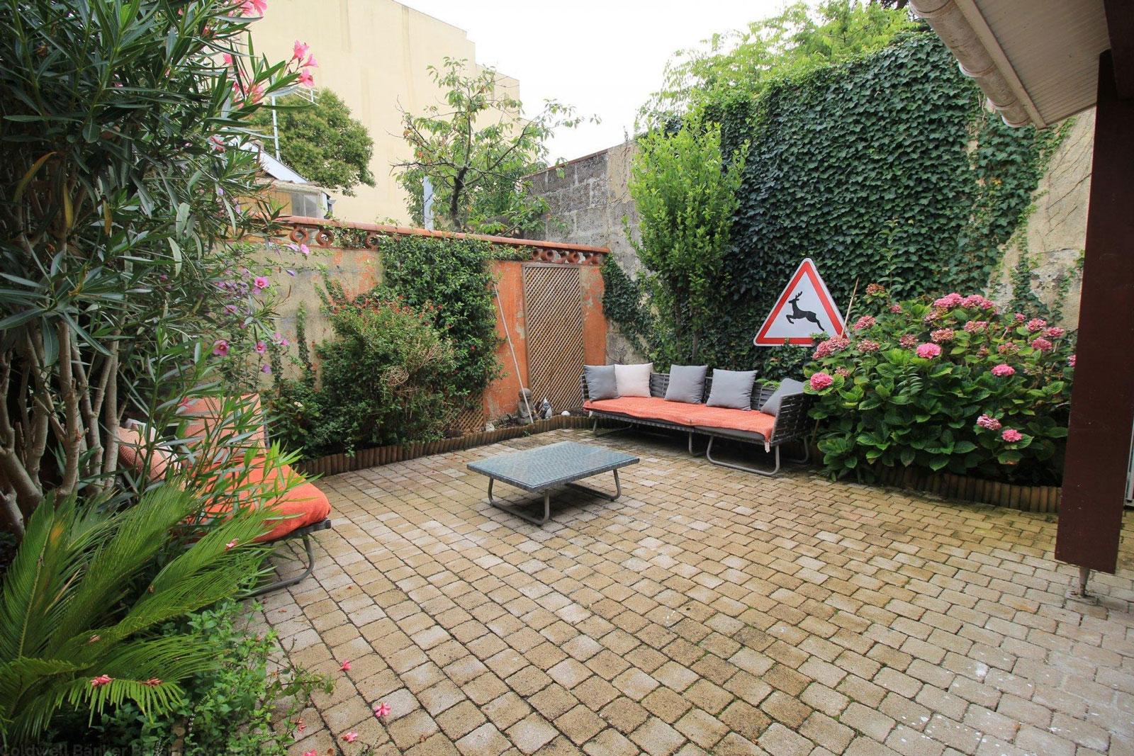 Maison typique bordeaux a vendre proche CHU Galliéni
